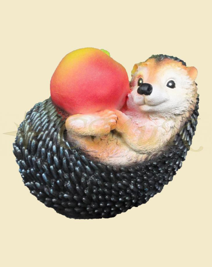 Садовая фигурка Ежик с яблоком купить недорого от ...